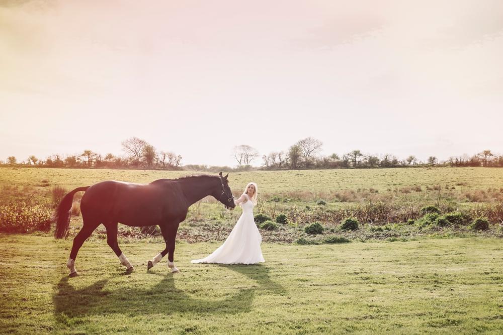 marcsmithphotography-wedding-photography-Artistic-wedding-photography-Tassy-Chris-Oldwalls-Gower_0135