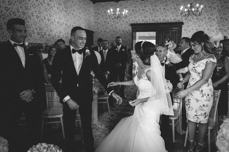 marcsmithphotographyhensolcastlecardiffwedding-17