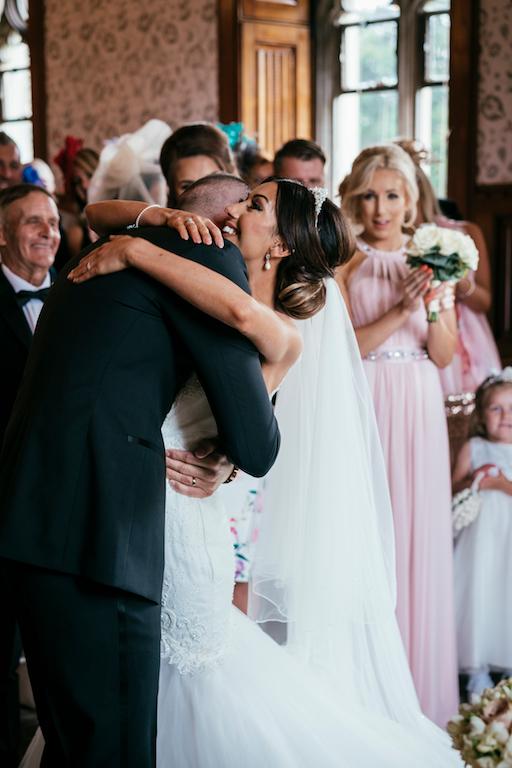 marcsmithphotographyhensolcastlecardiffwedding-18
