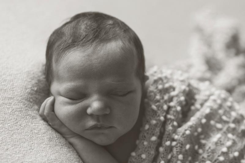 newborn-photos-newborn-photographer-marcsmithphotography-com-13